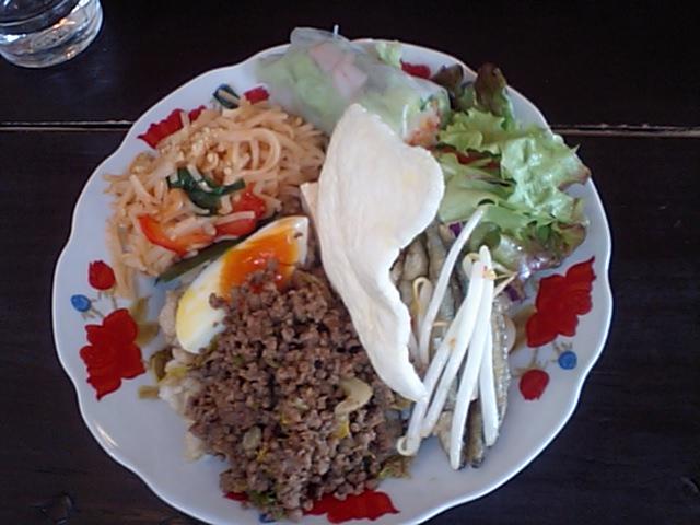 『アジア食堂 歩屋』