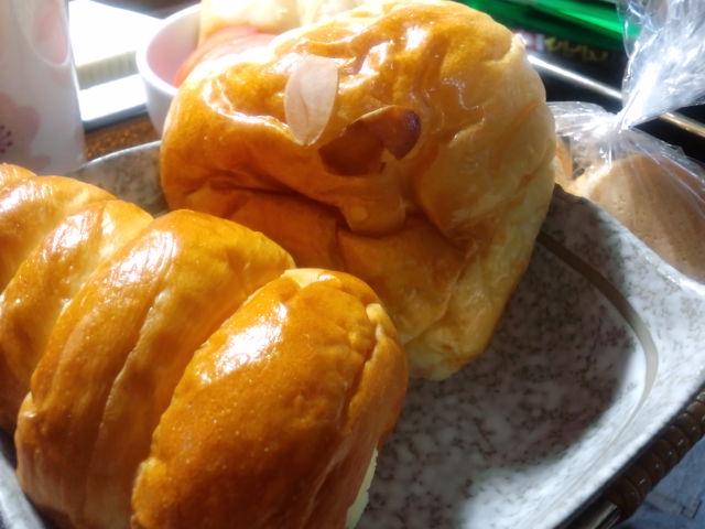 『まなべ製パン』