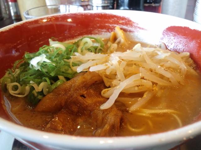 『麺王・フジ葛島店』