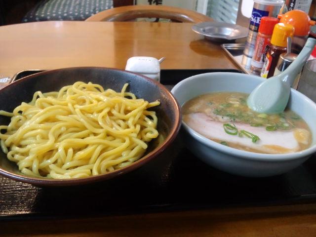 『鈴木食堂』