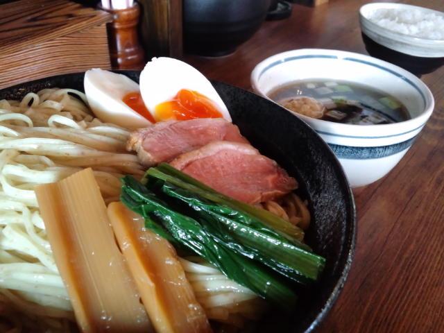 『夜須製麺所』